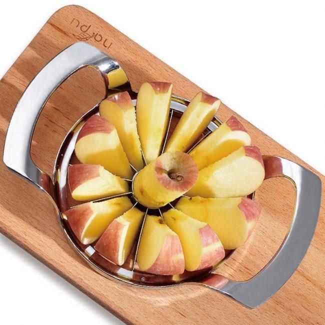 Приспособление, сочетающее в себе функции слайсера и экстрактора сердцевины – идеальный инструмент для подготовки яблок к сушке.