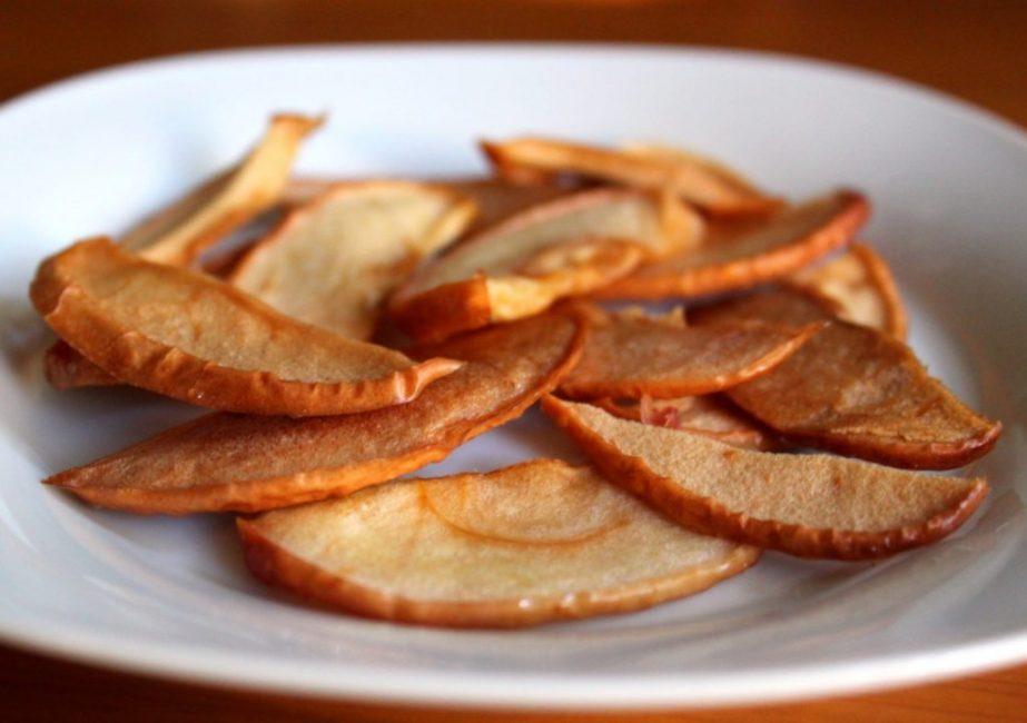 Яблоки, высушенные в СВЧ-печи