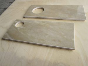 Как вырезать отверстие в керамической плитке если под рукой нет специальной коронки?