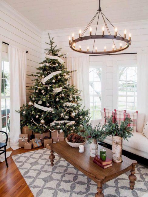 Белый цвет – база новогоднего декора