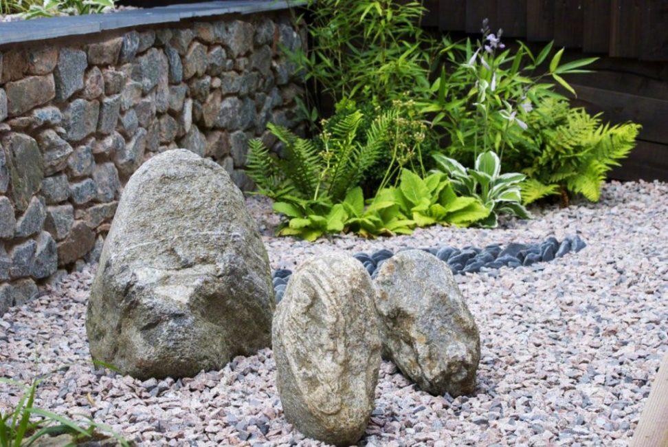 Подходящие камни для сада