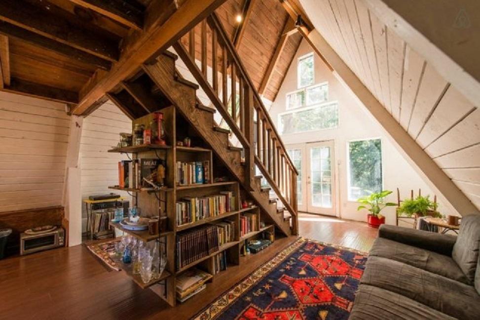 Интерьер дома-шалаша