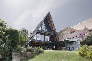 Дом-шалаш (А-образный дом): проекты, размеры, обустройство планировки, достоинства и недостатки | (75+ Фото & Видео)+Отзывы