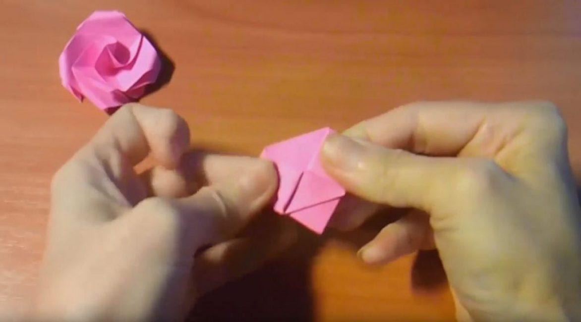 Складываем фрагменты так, чтобы получить плоскую заготовку