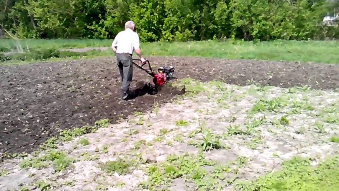 Весенняя обработка земли