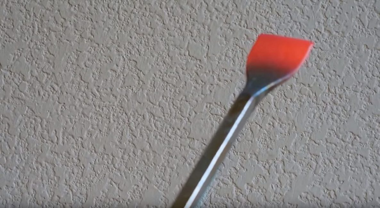 Затачиваем режущую кромку стамески