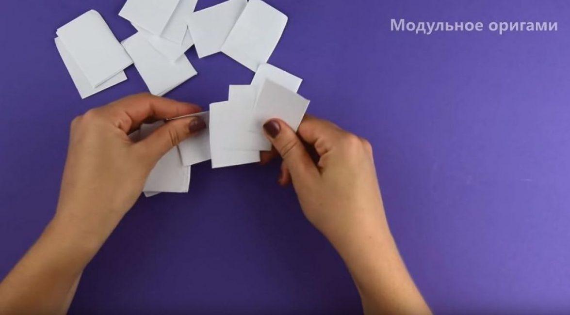 с одного листа формата A4 у нас получается 32 прямоугольника