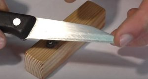 Простая точилка для ножей своими руками | Видео