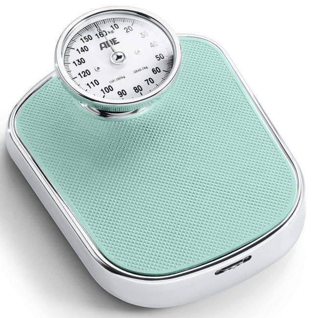 Механические весы для измерения массы тела