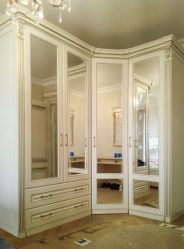 Изготовление гардеробной своими руками: как оборудовать систему хранения в кладовке или спальне?  | 100+ Фото & Видео