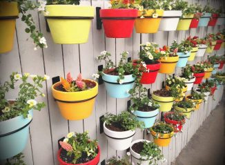 Изготавливаем вертикальные грядки своими руками: лучшие идеи 2018 года. Для овощей, ягод, зелени и цветов (65+ Фото & Видео) +Отзывы