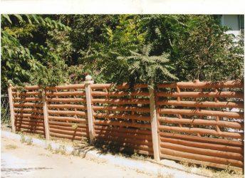 [Инструкция] Как сделать красивый и недорогой забор на даче своими руками: из дерева, металла и поликарбоната (70+ Фото & Видео) +Отзывы