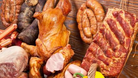 Как коптить мясо или рыбу в домашних условиях: простой рецепт | (Фото & Видео)